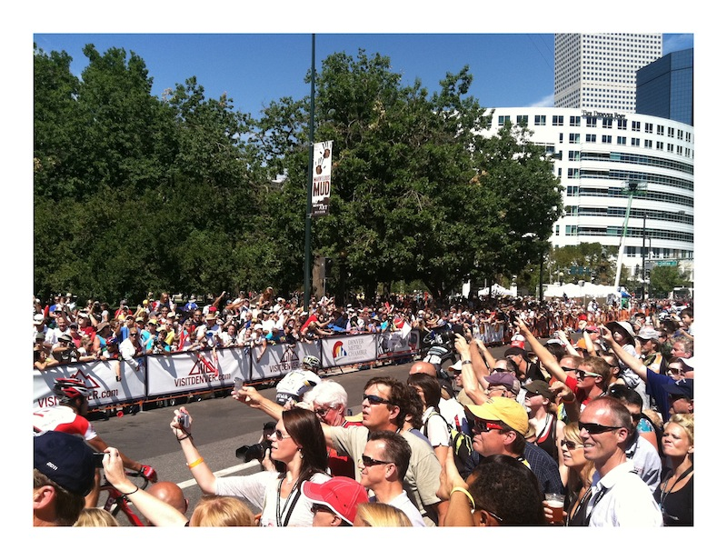Thousands line the Denver streets for the finish of the 2011 US Pro Challenge. Photo: Cutaway Custom. (cutaway.us)