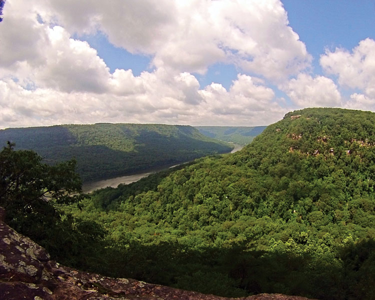 Signal Point hike in Chattanooga, TN