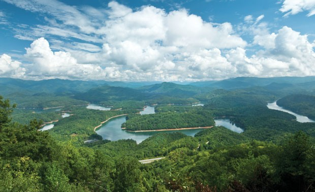 Fontana Lake outside of Bryson City, N.C. Photo: Tom Branch/Bryson City CVB