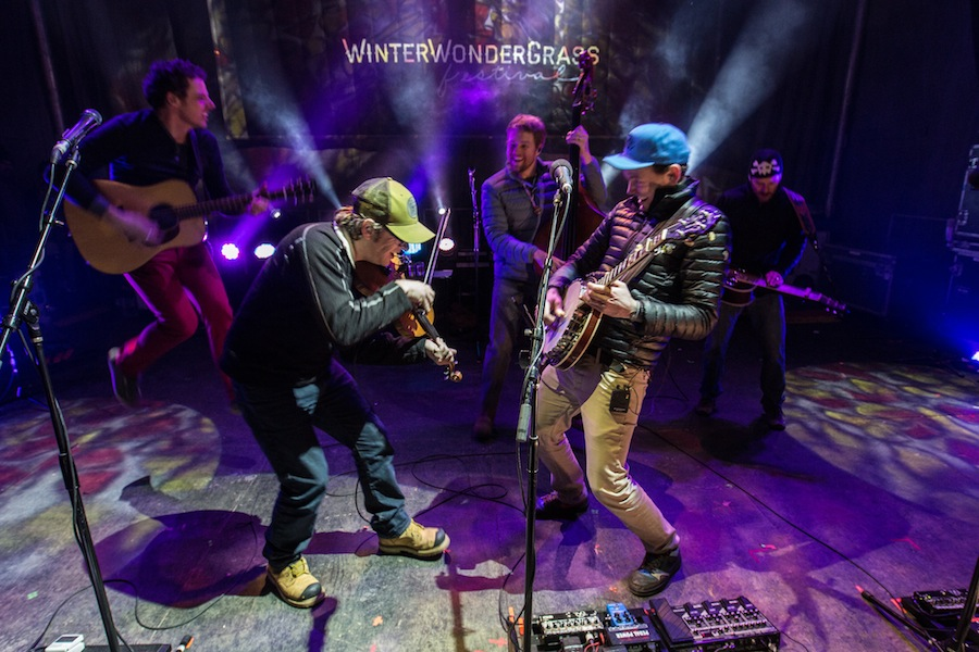 infamous stringdusters featured
