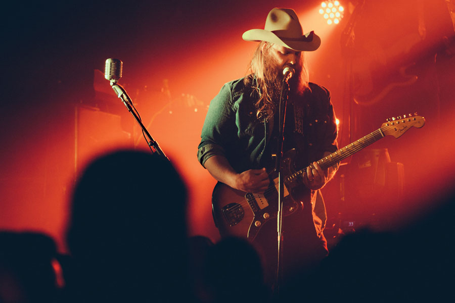 chris_stapleton - credit Becky Fluke_FIX