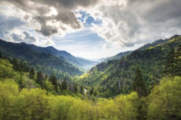 East Vs. West: Which side of the Smokies is best?