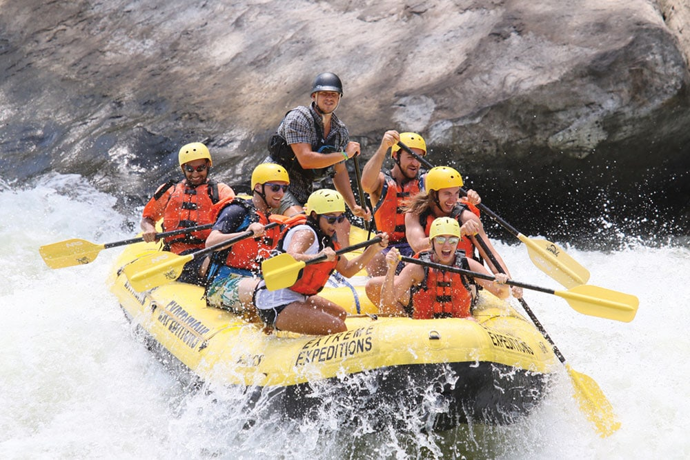 Rafters tackle West Virginia's New River Gorge