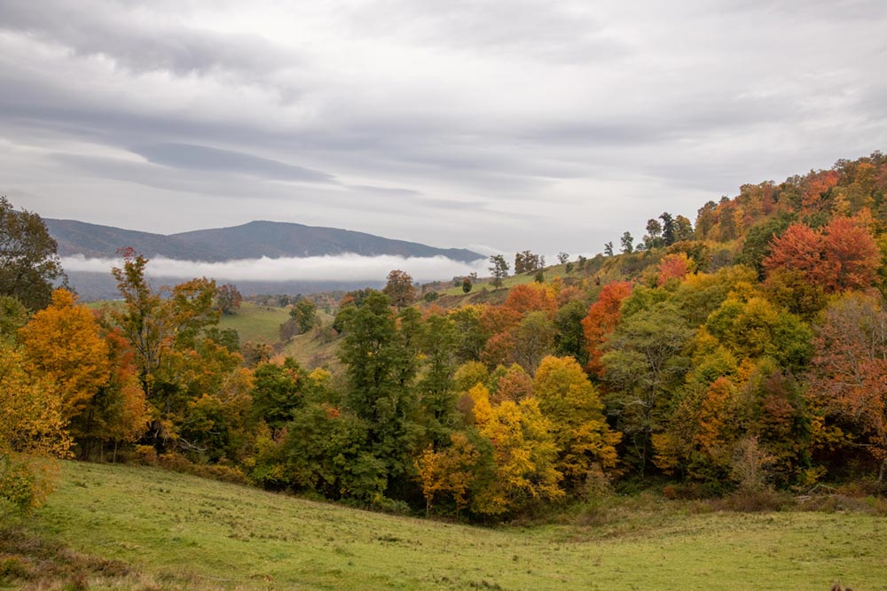 hiking trails in highland county